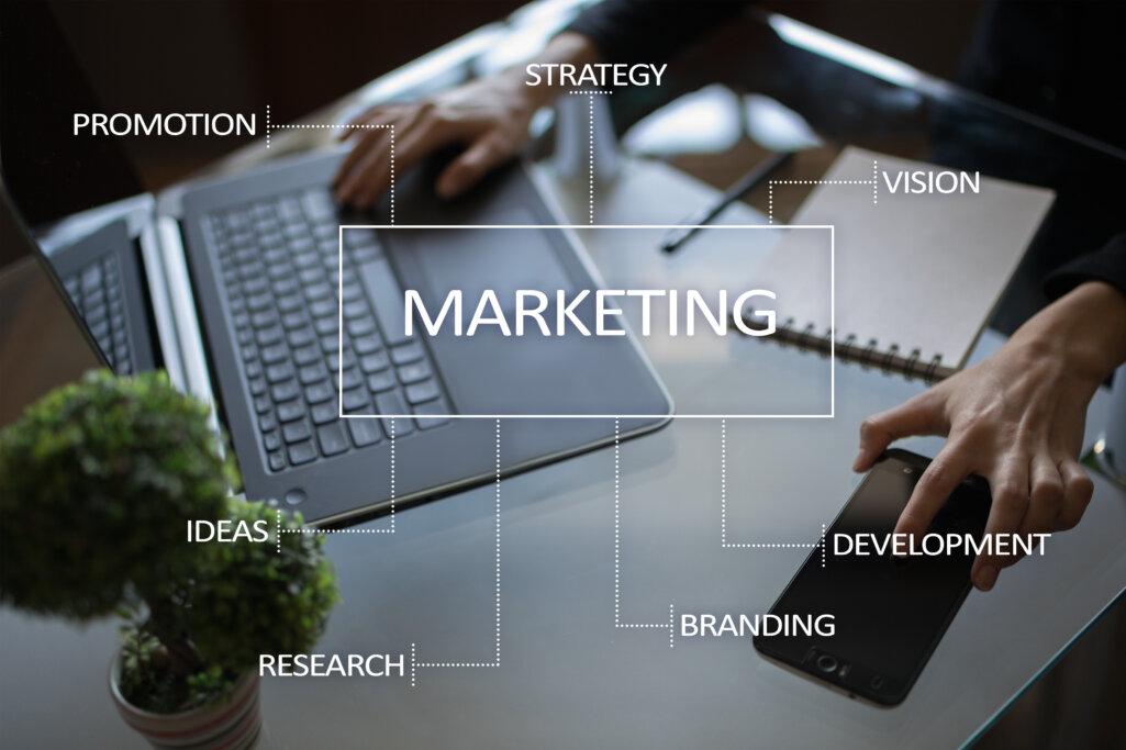 デジタルマーケティングの主な手法・活用のポイント